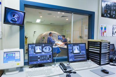 Минздрав сообщил о росте объемов медпомощи онкологическим пациентам в период эпидемии