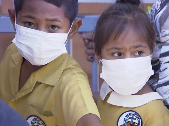 Глава ВОЗ призвал срочно переключиться на воспалительный синдром детей