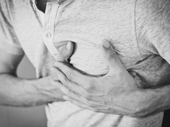 Кардиолог назвал три признака скорого сердечного приступа