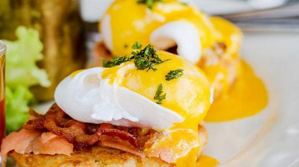 Зачем есть яйца на завтрак